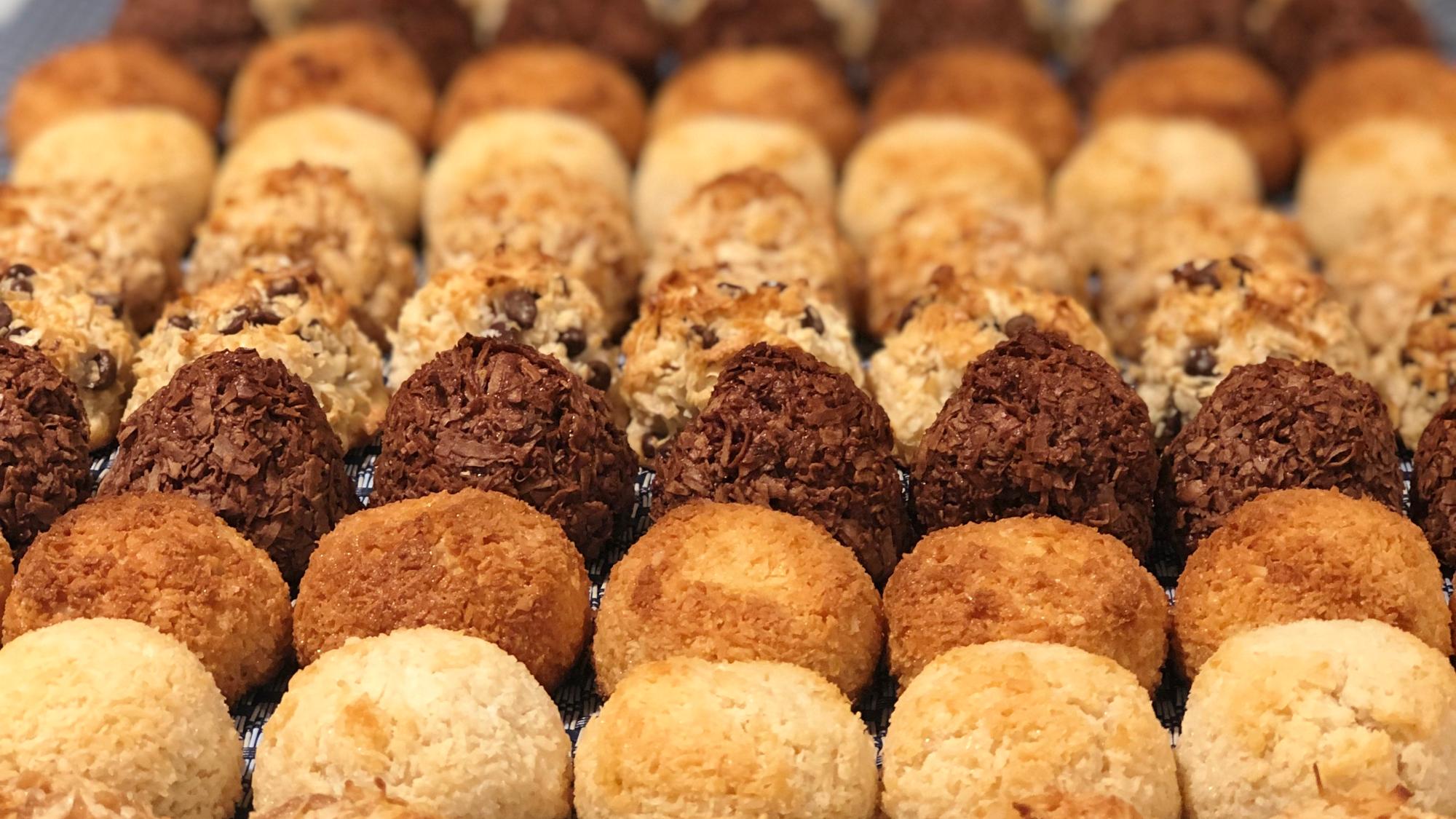 Passover Desserts: Macaroons, Marshmallows, & Matzomars